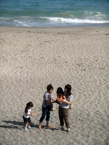 2013.8.19 九十九里の海(孫) 021