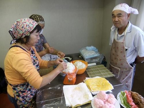 2013.9.25太巻き寿司料理教室 (鎌足公民館) 044 (2)