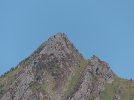 石鎚スカイラインから見た 石鎚山 2