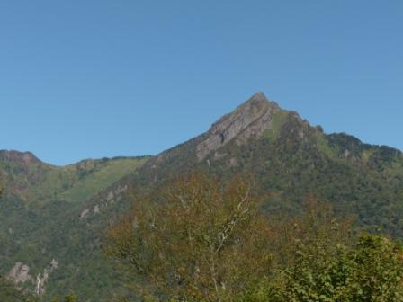 石鎚スカイラインから見た 石鎚山 1