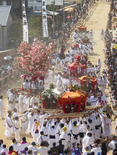 菊間祭 お神輿のお練 1