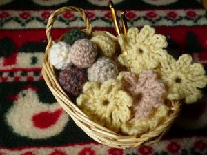 編み物モチーフ〇