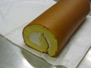 ロールケーキ完成