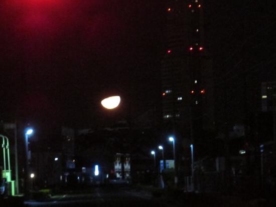 2013年11月12日未明の月