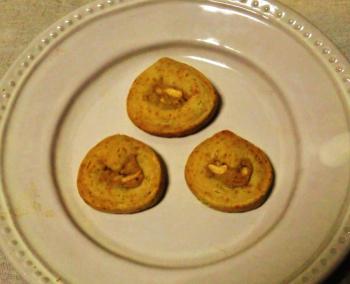 つくりて 10月 和栗とカシューナッツのぐるぐるクッキー