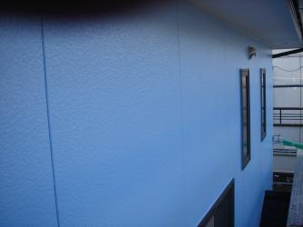 2Fサイディング壁の遮熱塗料(パラサーモ)仕上げ