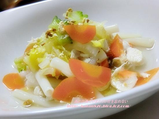 マカロニとゴーヤのスープ煮込み♪