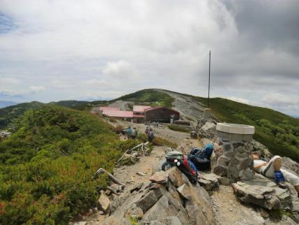 瞑想の丘からヒュッテ、と最高点
