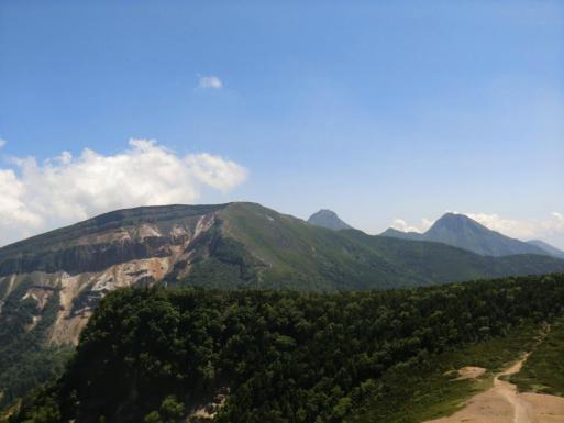 硫黄岳と赤岳、阿弥陀岳