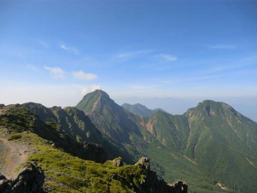 主峰赤岳と阿弥陀岳、権現岳