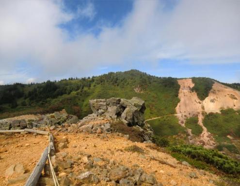展望所から本白根山