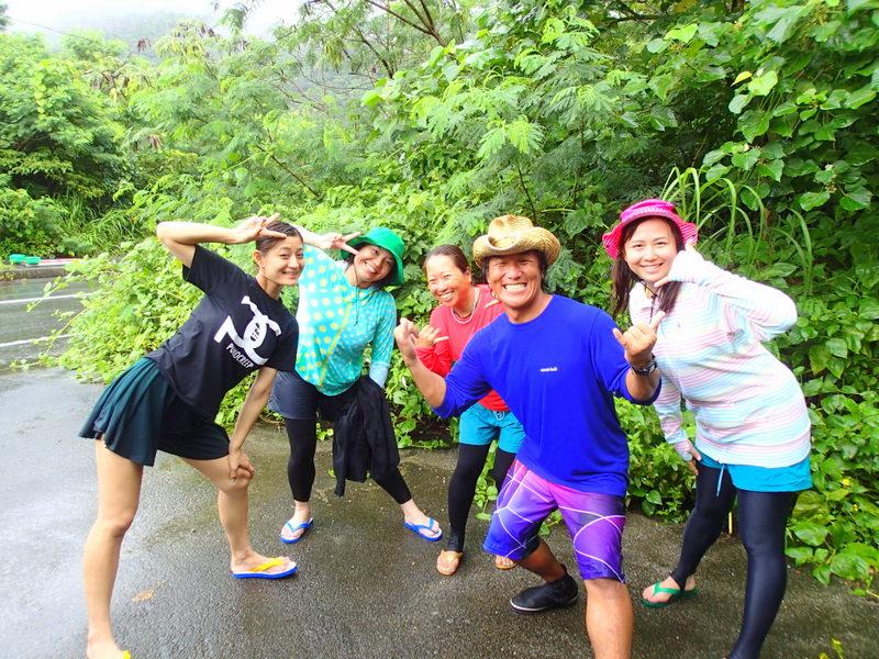 沖縄・西表島女性グループおすすめツアー・SUPクルーズ