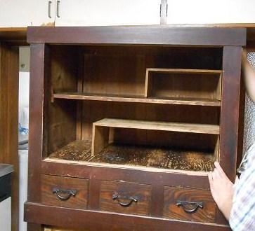 100年前に宮大工さんが造られた水屋箪笥