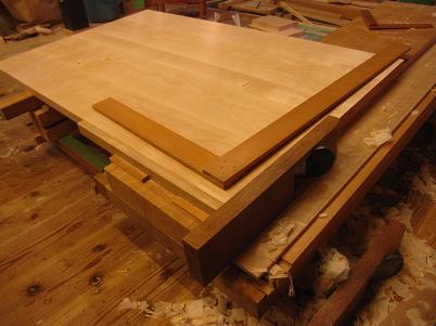 桜の書斎机、胴板