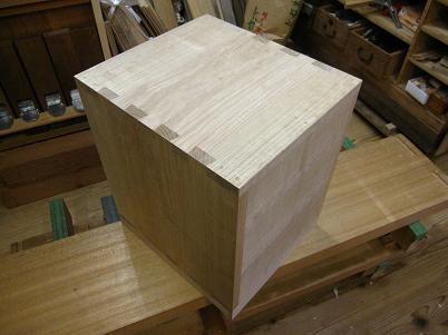 桐小箪笥の木地