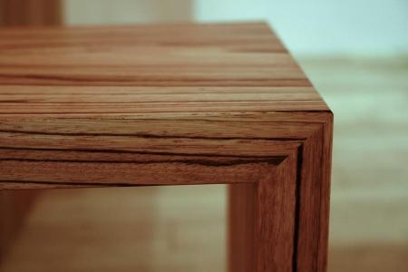 ダイニングテーブルと同じ造りの、ベンチ