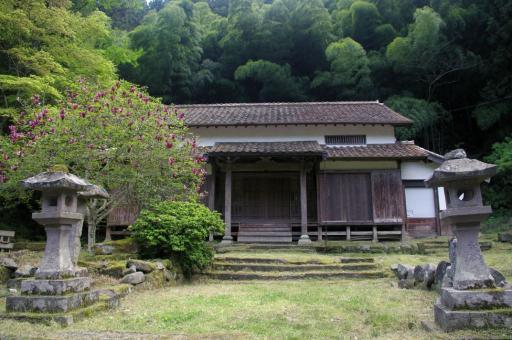 田儀櫻井家の智光院