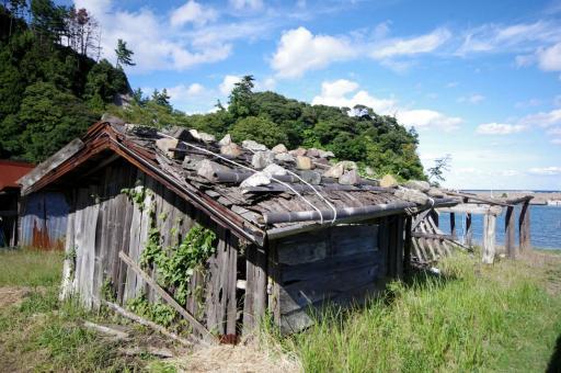 卯敷の船小屋の全景