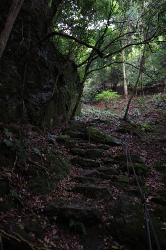 韓竈神社の石段