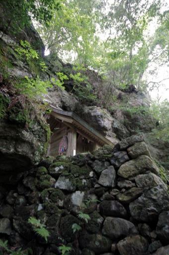 韓竈神社の石垣