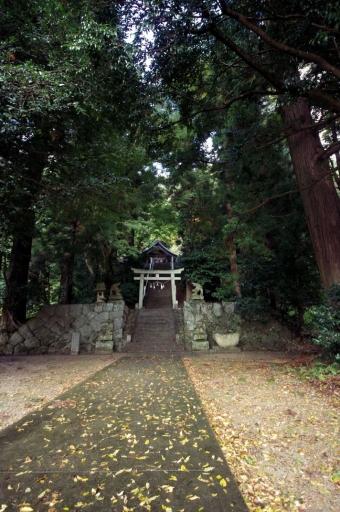 鬼神神社拝殿