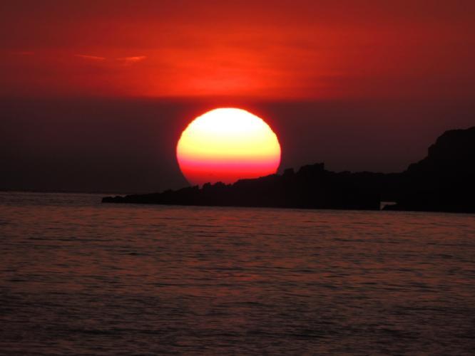 大きな夕陽でした