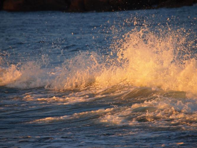 波にズーム