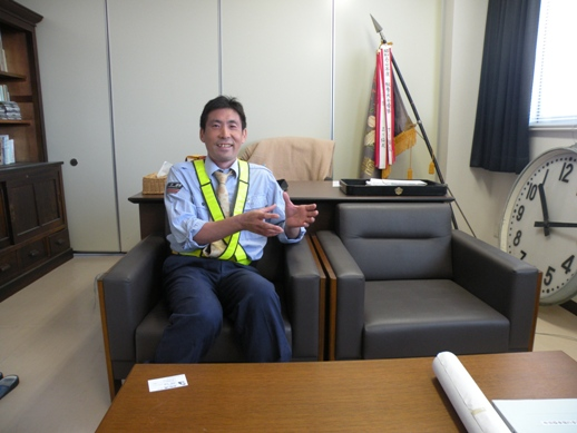 中俣駅長 (2)
