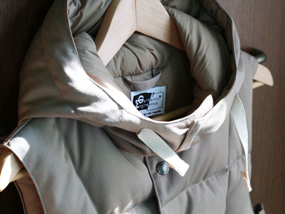 エンジニアードガーメンツ/Engineered Garments Down Vest Hoody