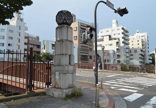 横浜 野毛 (256)_R