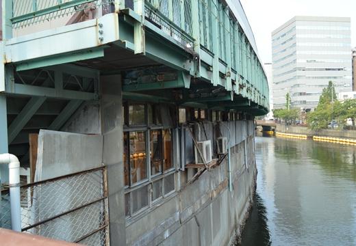 横浜 野毛 (244)_R