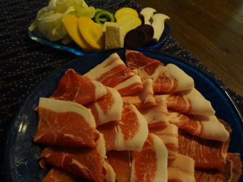 メインのあぐー豚と島野菜