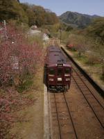 神戸駅去る列車