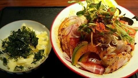 カレー和え麺①