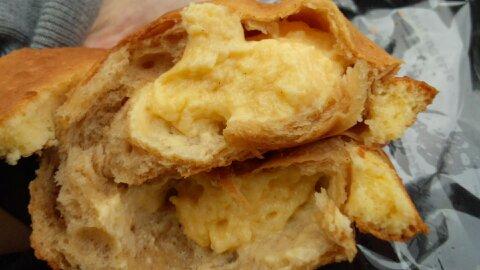 コヤマクリームパン②