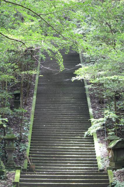 階段。二上神社。