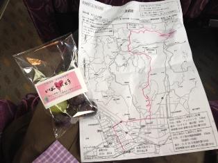 ブドウと地図