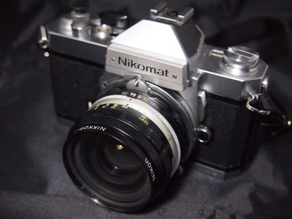 NikomatFT2+NIKKOR-H Auto 1:3.5/28mm