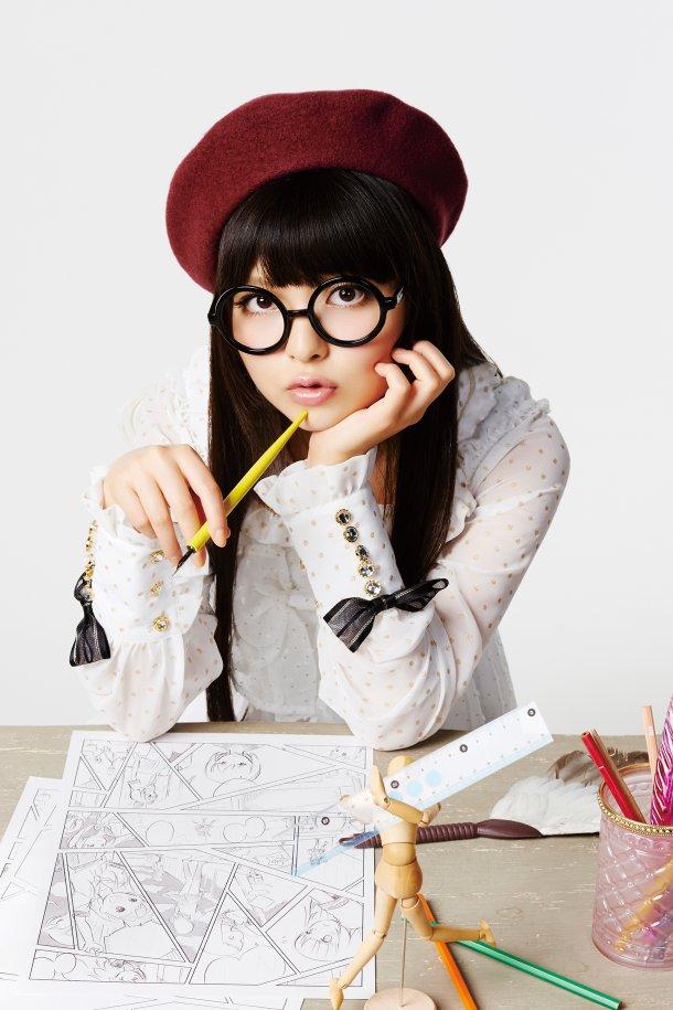 http://blog-imgs-61.fc2.com/k/y/a/kyarasokuhou/news_large_uesakasumire_art_201306.jpg