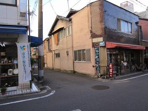 153-18.jpg