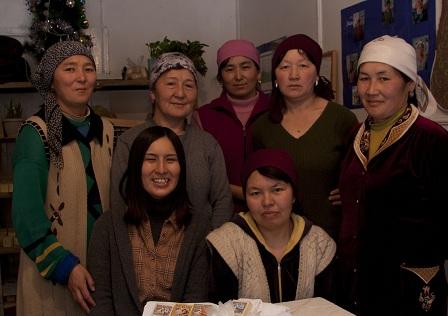 ①石鹸作り女性組合「ブグ・エネ」