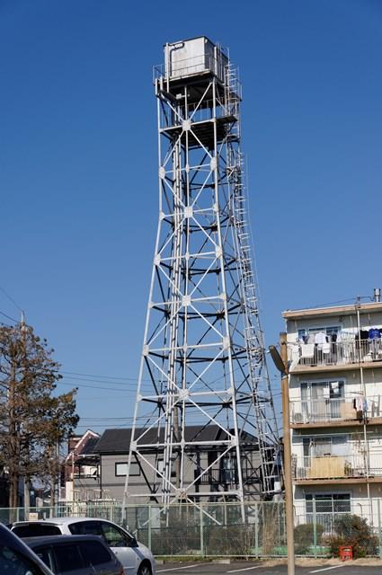 神奈川県営鶴ヶ峰団地の給水塔