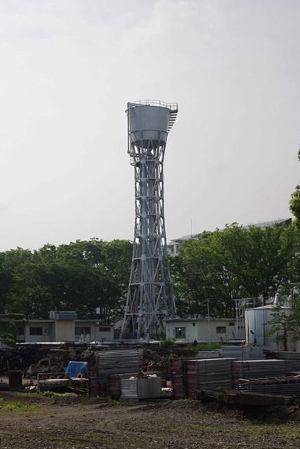現在のひばりヶ丘団地給水塔の様子