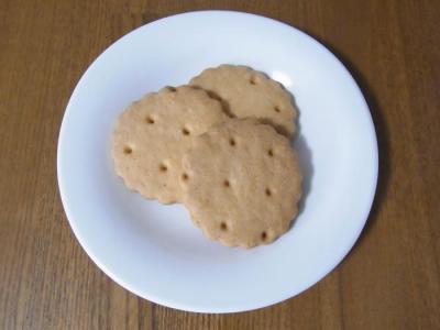 やきがしや SUSUCRE(みるくクッキー(3枚)¥200)