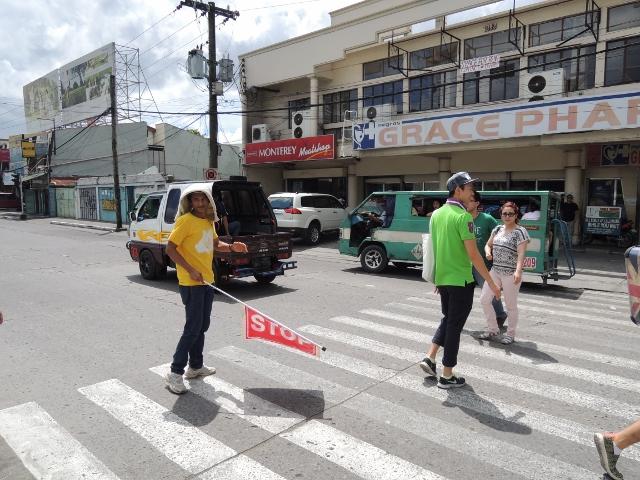 横断歩道 (8)