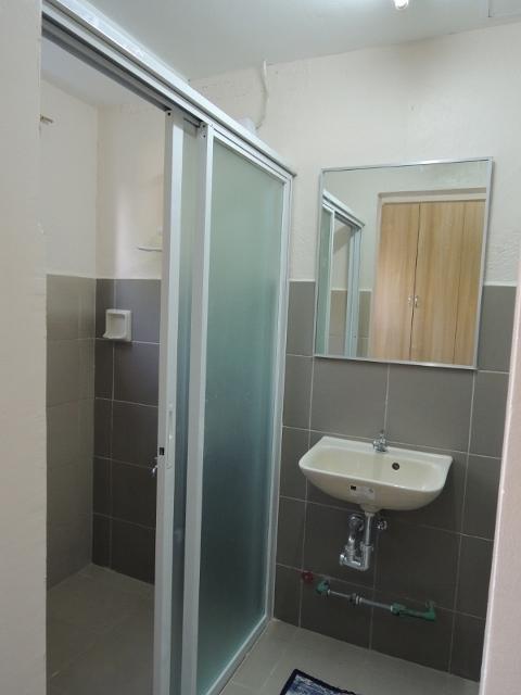 シャワールーム (1) (480x640)