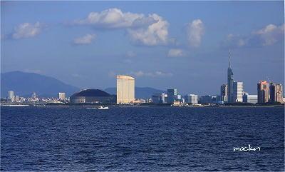 福岡市外を望む