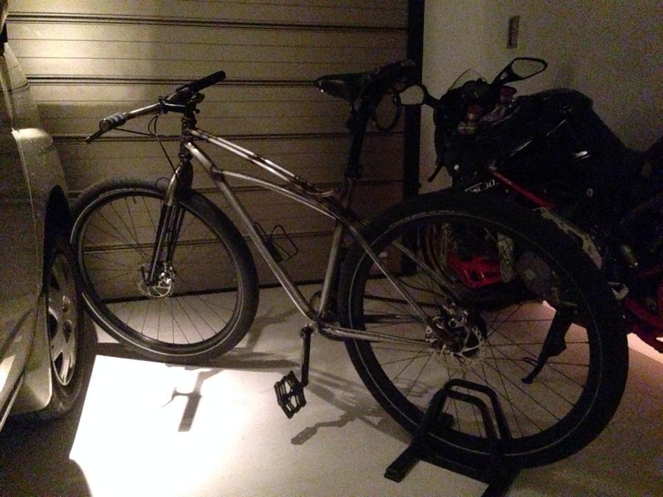 ... 自転車が盗まれる - まぐろの