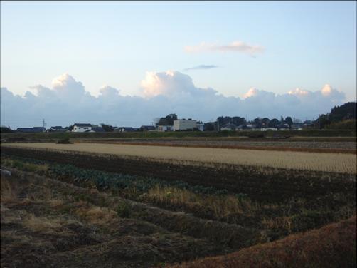 朝から異様な雲.JPG