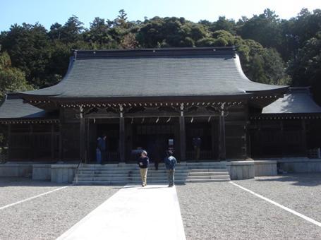 立派な隠岐神社.JPG